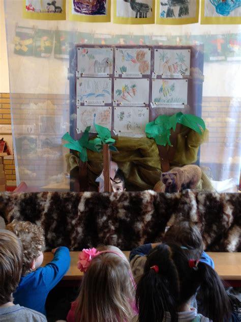de verteltafel bij het thema wilde dieren wilde dieren