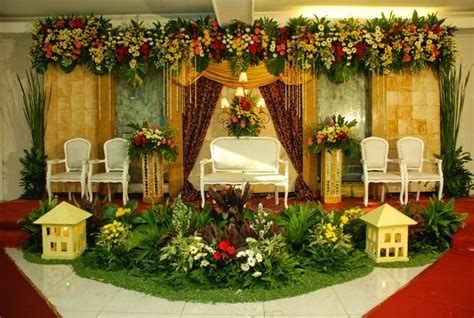galeri  gedung pernikahan semi outdoor