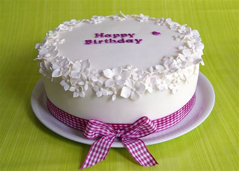 geburtstagstorte selber machen sarahs torten und cupcakes www sarahs torten nl happy cakes inspiration torten