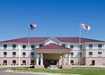 comfort inn montgomery al comfort suites montgomery montgomery deals see hotel