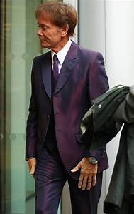 Sir Cliff Richard news: BBC reporter 'made deal with ...