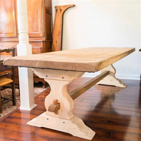 vintage trestle table vintage washed oak trestle table maison d 233 cor 3261