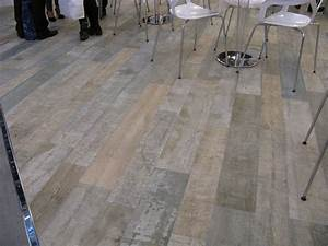 carrelage parquet carrelage en ligne faiences cuisine With comment poser du carrelage imitation parquet