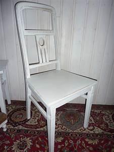 Stuhl Vintage Weiß : vintage st hle bezaubernder jugendstil stuhl in wei ein designerst ck von vintage shabby ~ Pilothousefishingboats.com Haus und Dekorationen