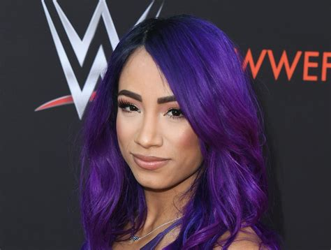 Sasha Banks Appears in Trailer for 'The Mandalorian ...