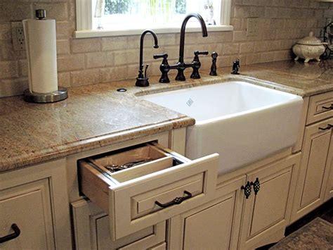 modern farmhouse sink w cream cabinets granite