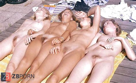 Nude Woman Groups Vintage Damsels From Holland ZB Porn