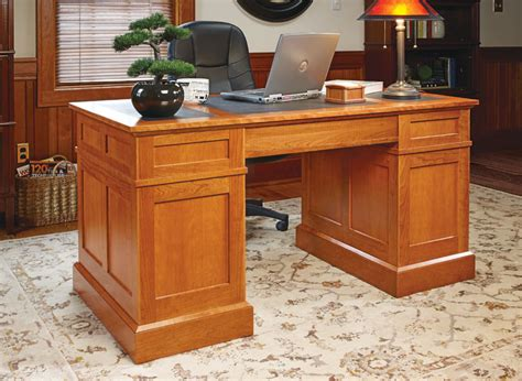cherry pedestal desk woodworking project woodsmith plans