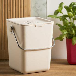 poubelle à compost de cuisine les 25 meilleures idées de la catégorie poubelles sur