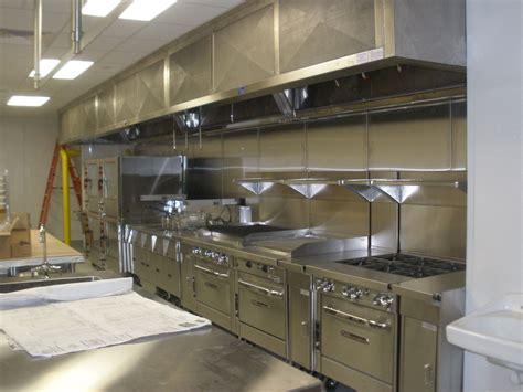 small restaurant kitchen design  stainless steel