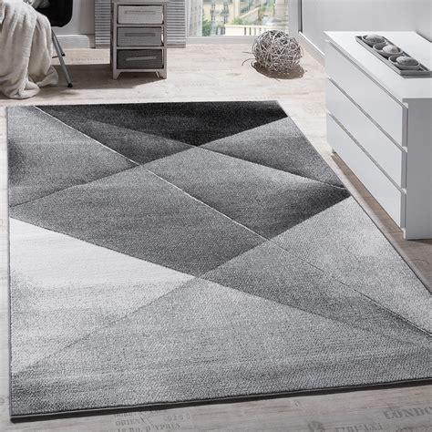 carpet geometric pattern rug