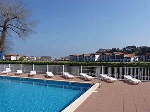 appartement dans residence pour 4 personnes a urrugne avec With location vacances residence avec piscine