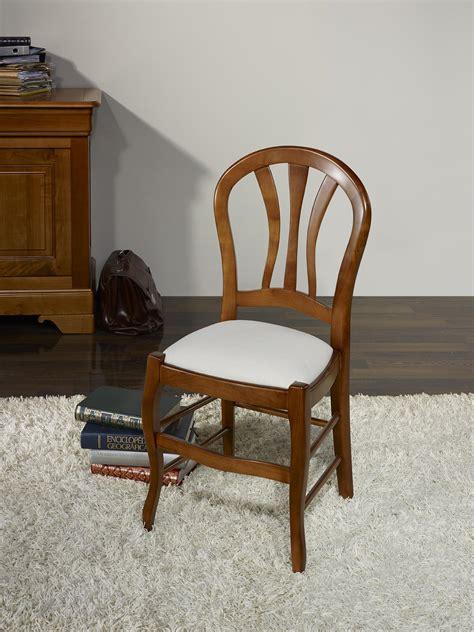 chaise en hetre massif chaise camille en hêtre massif assise tissu de style louis philippe meuble en merisier massif