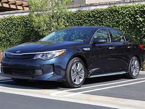 2017 Kia Optima Plug-in Hybrid Road Test and Review ...