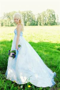 17 best images about alice in wonderland mad hatter queen With alice in wonderland themed wedding dress