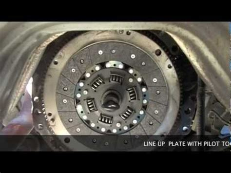 replacing  clutch   toyota    youtube