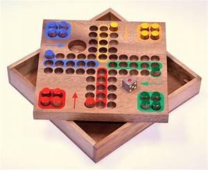 Brettspiele Aus Holz : ludo gr m w rfelspiel gesellschaftsspiel ~ A.2002-acura-tl-radio.info Haus und Dekorationen