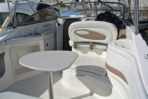 Regal Boats Uk by Regal 2465 Commodore Brighton Boat Sales