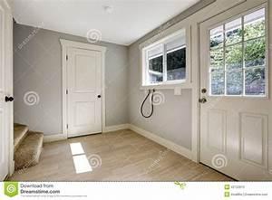 superieur maison avec porche d entree 8 couloir vide With porte d entrée pvc avec meuble salle de bain 30 x 30