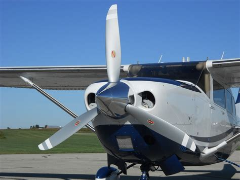 Hartzell Scimitar Top Prop™ Now Available for Cessna T206H ...