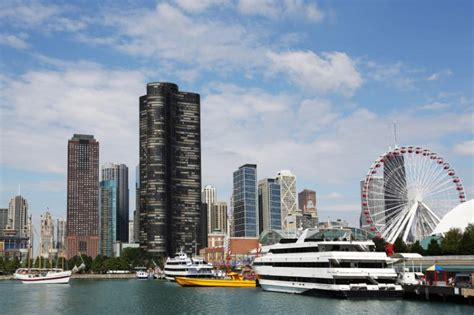 Family Boat Cruise Chicago by Family Travel To The Windy City Visiting Chicago With