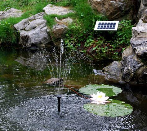 garten springbrunnen solar gartenbrunnen springbrunnen felsenbrunnen und bachlauf