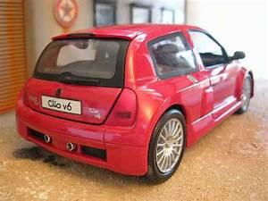 Clio Rouge : renault clio v6 miniature rouge origine universal hobbies 1 18 voiture ~ Gottalentnigeria.com Avis de Voitures