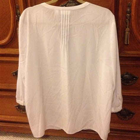 chicos white blouse 66 chico 39 s tops chico 39 s white blouse from 39 s