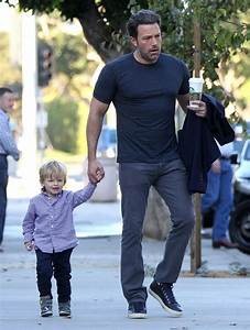 Ben Affleck's bat PSA and good pants|Lainey Gossip ...