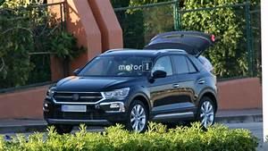 T Roc Volkswagen : 2018 vw t roc spied with very little camouflage ~ Carolinahurricanesstore.com Idées de Décoration