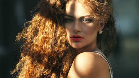 how to style thick curly hair tips that work for thick curly or wavy hair curls understood 1257