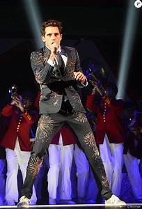 Concert De La Region 2016 : la superstar mika en concert l 39 accorhotels arena paris le 27 mai 2016 coadic guirec ~ Medecine-chirurgie-esthetiques.com Avis de Voitures