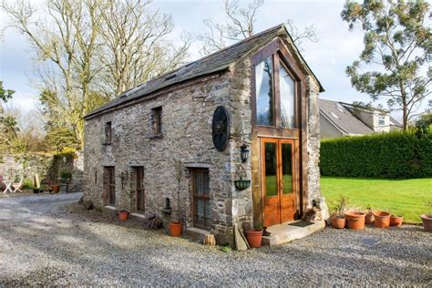 Crows Hermitage Tiny Stone Cottage In Dublin