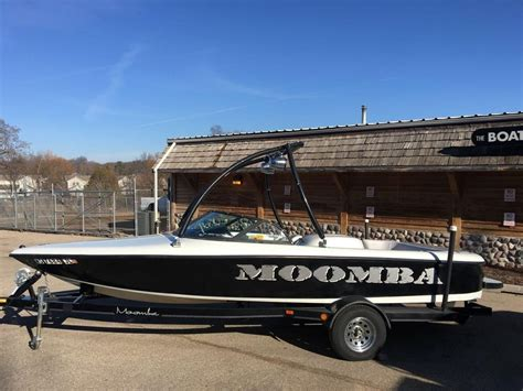 Chaparral Boats Vs Bayliner by Eliminator Powerboats For Sale By Owner Autos Post