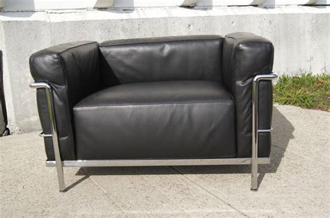 canapé lc3 le corbusier lc3 grand confort lounge chair by le corbusier at 1stdibs