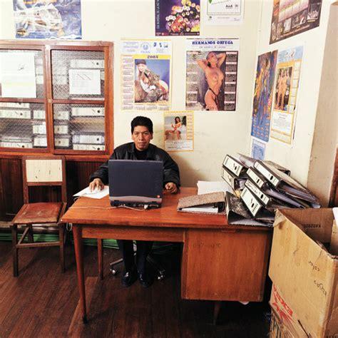 travaux de bureau salaire bureaux des fonctionnaires dans le monde
