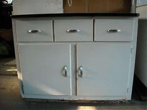 vintage enamel top kitchen cabinet vintage retro kitchen cabinet enamel porcelain top ebay 8830