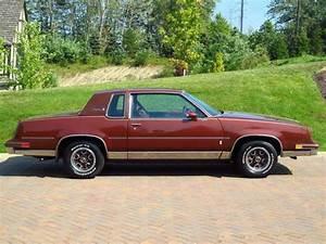 Find used 1982 Oldsmobile Cutlass Supreme Brougham V8 ...