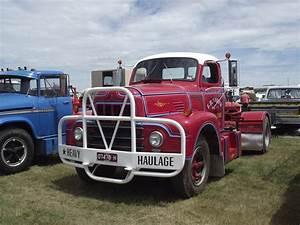 1960 International R190 Truck