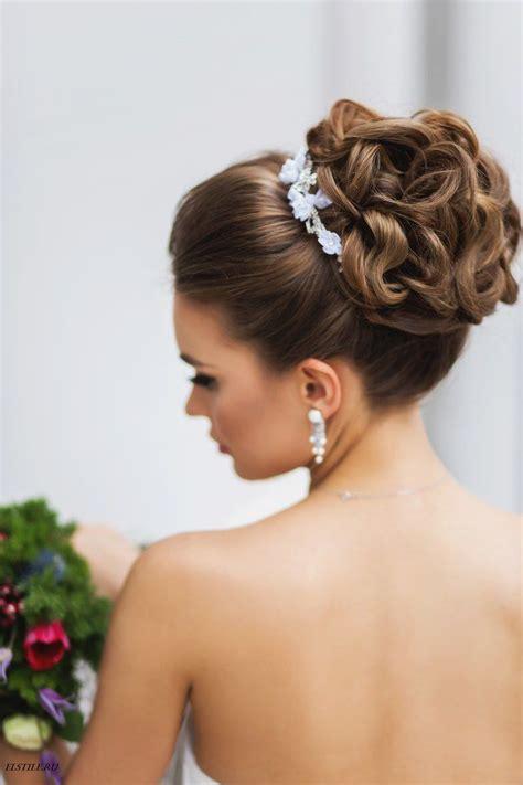 cute bun hairstyles  elegant ladies fall winter