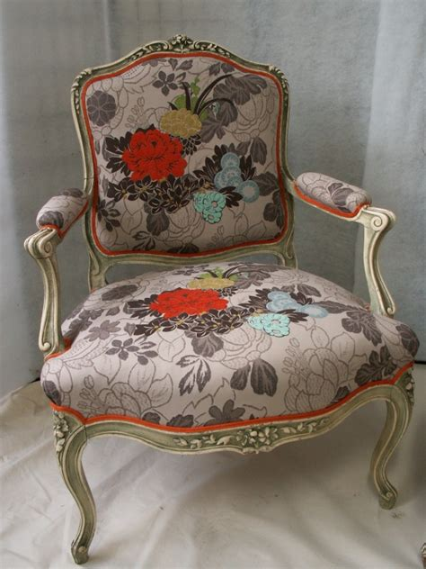 renovation canapé cuir fauteuil louis xv tissu kenzo jean sion