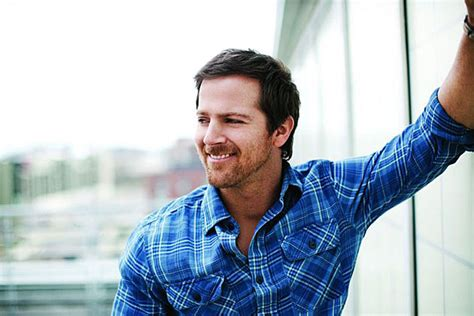 Kip Moore Shares Story Behind 'somethin' 'bout A Truck