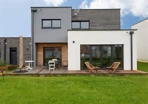 demeure moderne en bois