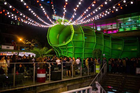 laser exterieur boite de nuit clubbing boites de nuit et clubs rive gauche