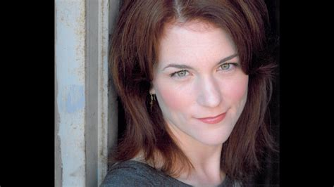 actress dies chicago fire chicago fire actress molly glynn dies after being hit by