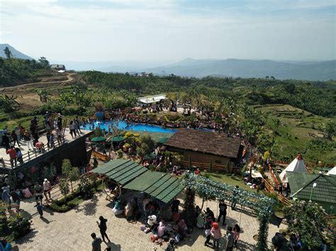 pesona panorama villa khayangan disbudpar kabupaten bogor