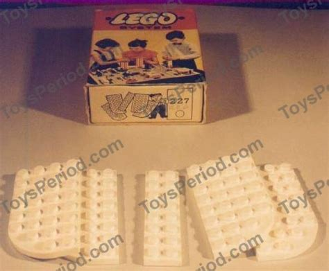 Lego 227 4x8 Curved And 2x8 Plates Set Parts Inventory And