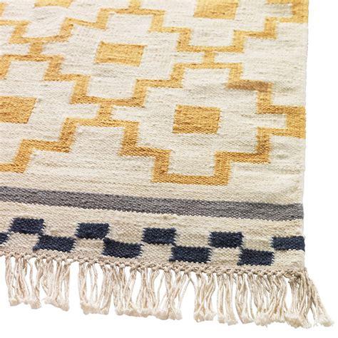 tapis de cuisine ikea ikea rhabille mon salon avec des textiles fous fous fous tapis alvine ruta ikea déco