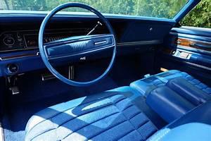 1972 CHRYSLER NEW YORKER 4 DOOR HARDTOP197113