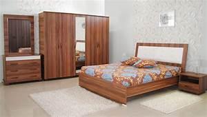 Meuble Chambre Adulte : perfect merveilleux meuble chambre adulte tables chaises ~ Dode.kayakingforconservation.com Idées de Décoration